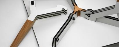 KATABA-upside-down-photo-by-Frans-Lossie-closeup.jpg