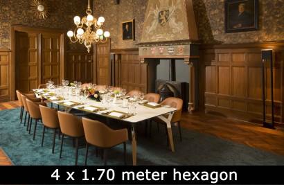 Kataba-table-at-Noordbraban.jpg