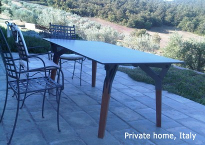 Kataba-table-at-private-home-Italy.jpg
